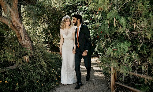 A memorable wedding day in The Living Desert's botanical gardens.