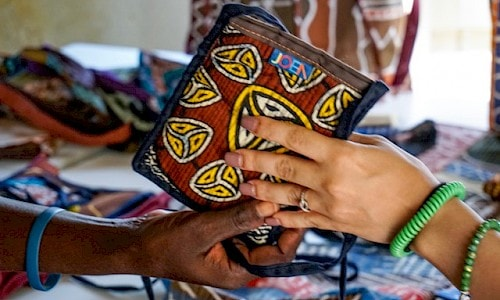 High quality batiked bags from JOEN Art and Bags. What we buy matters, as it can change lives and further conservation.